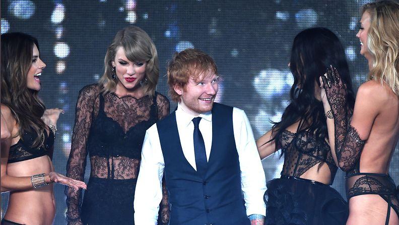 Ed Sheeran Taylor Swift Victoria's Secret -näytöksessä 2014