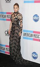 Jennifer Lopez American Music Awards 2011