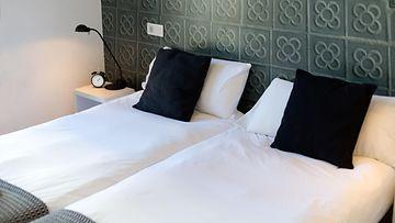 Hotelli sänky AOP