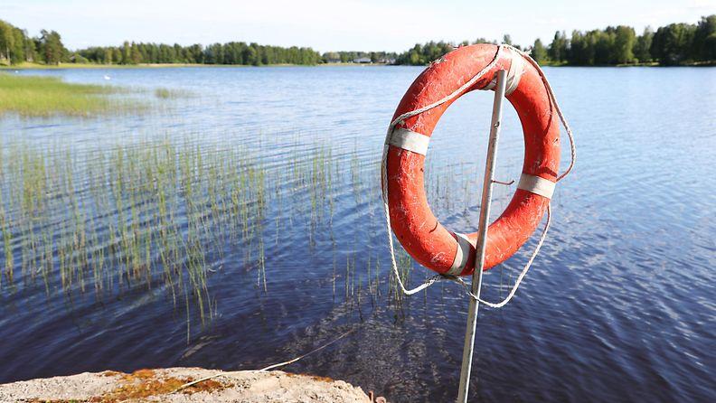 AOP, pelastusrengas, vesi, hukkuminen, rengas, ranta