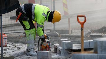 AOP työ, rakennus, työntekijä, katutyö