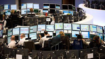 AOP Frankfurtin pörssi, Saksa, talous, osakkeet