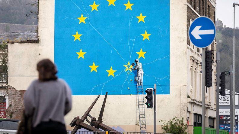 AOP Banksy, Dover