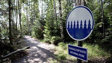 LK, luonnonpuisto, kansallispuisto, Konnevesi, opaste, metsä