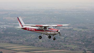 AOP kevytkone, pienkone, Cessna 152