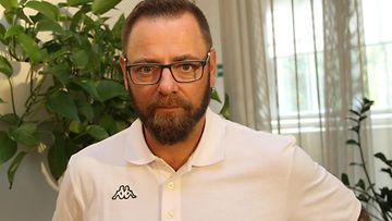 Aleksi Mäkelä Olen suomalainen -pressi
