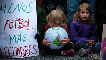aop ilmastomarssi, mielenosoitus, ilmastonmuutos