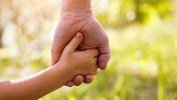 vanhemmuus, välittäminen, perhe, isä, tytär
