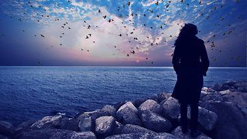 nainen, meri, horisontti