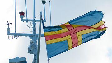 AOP Ahvenanmaa lippu tuuli 2009