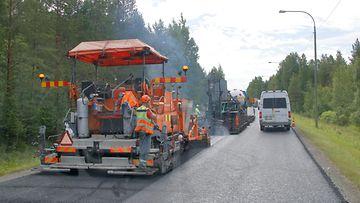 Asfalttikartelli kuvituskuva asfaltti tietyöt