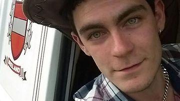 25-vuotias mies dating 17-vuotias nainen Platonin dating sites Australia