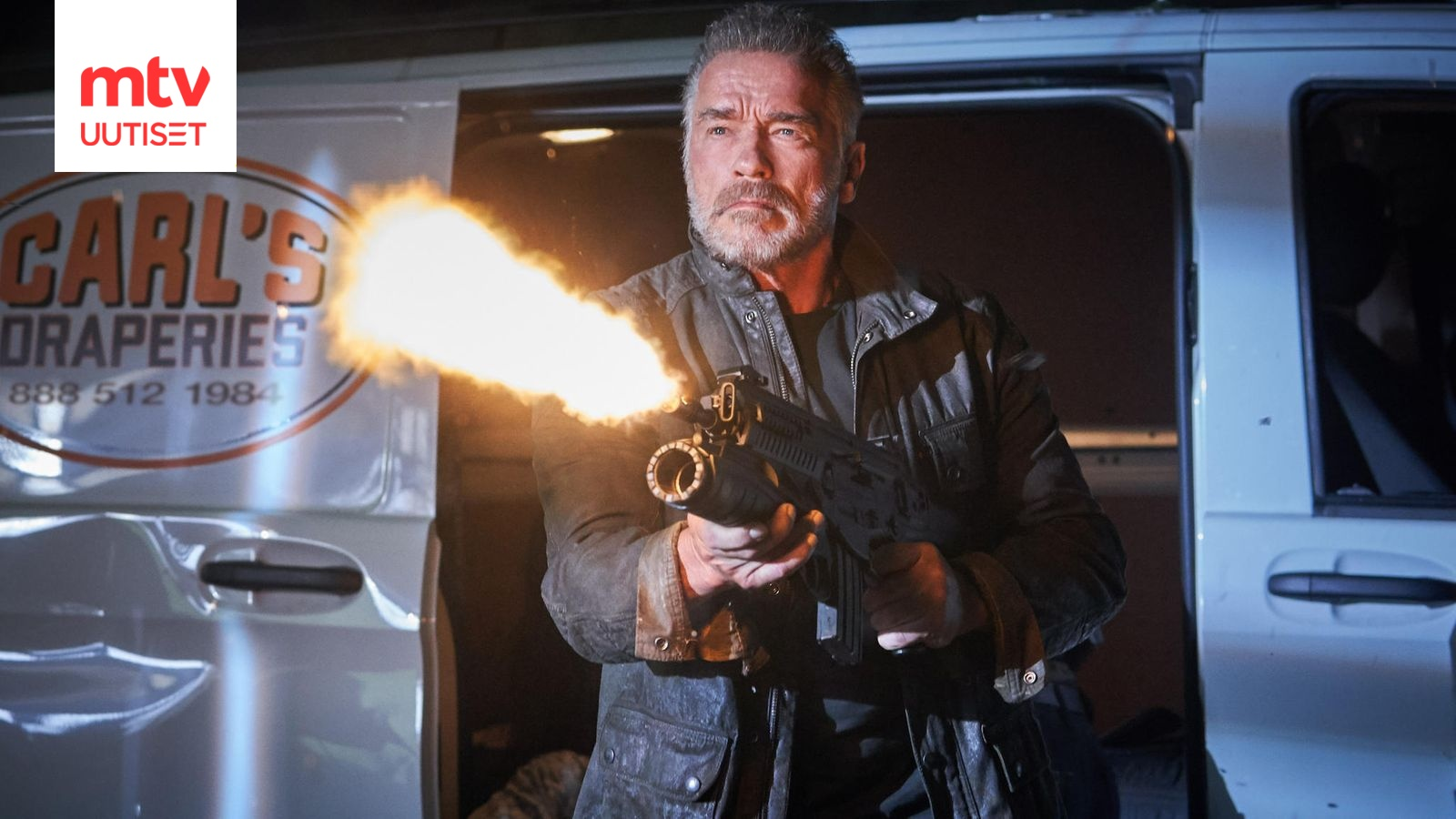 Arnold Schwarzenegger esittää pahista James Cameronin