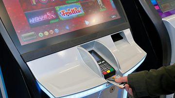 aop rahapelit, pelaaminen, veikkaus, peliongelmat, rahapeliautomaatti (2)