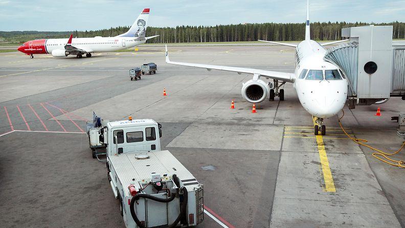 kuvituskuva lentovero lentokenttä Helsinki-Vantaa