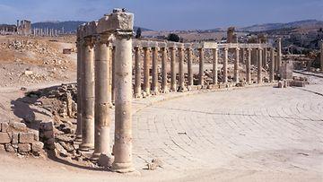 Jerash Jordania roomalaiset rauniot kuvituskuva