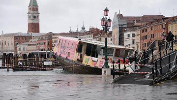 AOP Venetsia Italia tulva