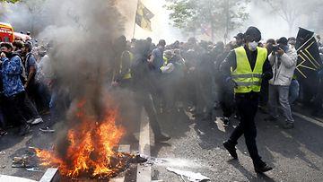 AOP keltaliivit, Ranska, mielenosoitus (1)