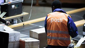 Posti pakettilajittelija