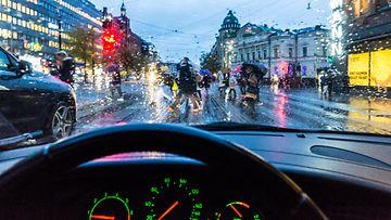 helsinki liikenne autoilu