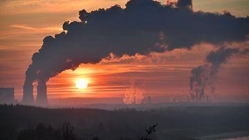 aop Saksa tehdas, teollisuus, saasteet, ilmastonmuutos