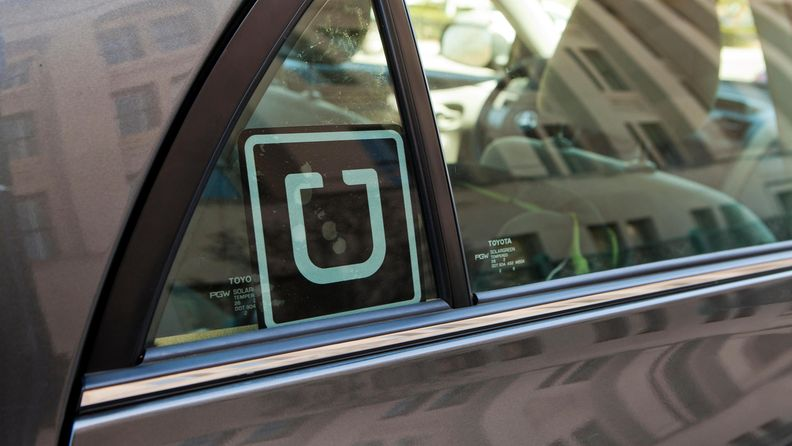 aop Uber kuljetuspalvelu