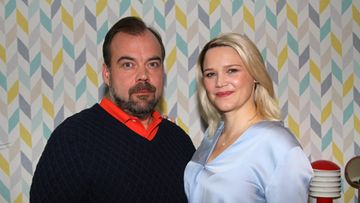 Anna-Maija Tuokko ja Max Forsman Onnelan kuvauksissa syksyllä 2019