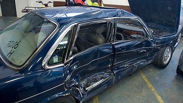 kolari autovakuutus autovahinkokeskus avk