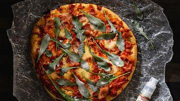 kuva-4-tuunattu-dr.-oetkerin-tradizionale-pancetta-pakastepizza