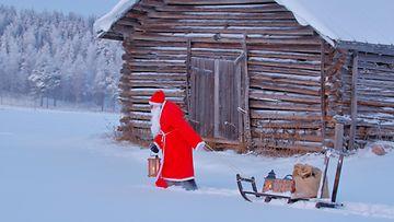 Joulupukki talvi joulu AOP