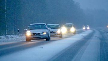 Liikenne autot lumi AOP
