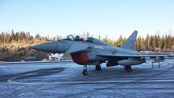 Eurofighter Typhoon -hävittäjää testataan Satakunnan lennostossa Pirkkalassa.