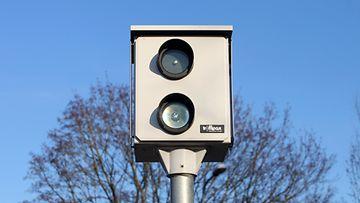 peltipoliisi ylinopeus liikennevalvonta nopeusvalvonta nopeuskamera