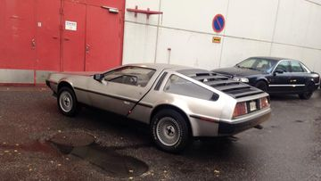 delorean dmc-12 (1)