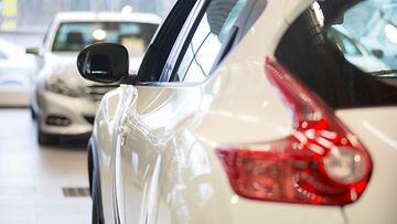 kamux autokauppa autoliike automyymälä