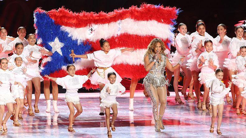Jennifer Lopez ja Emme-tytär Super Bowl