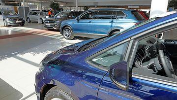 autokauppa autoliike automyymälä volkswagen laakkonen joensuu
