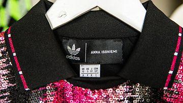 Anna Isoniemi Adidas 4