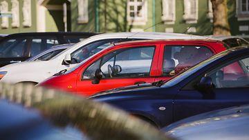 pysäköinti parkkipaikka