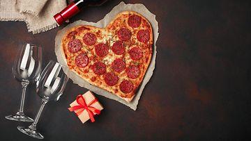 Ystävänpäivä, pizza, sydän