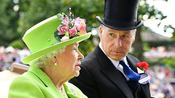 Kuningatar Elisabet ja David Armstong-Jones