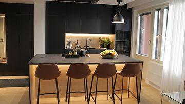 Kotoisa3_5_12_-keittiö
