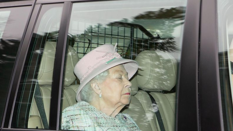 kuningatar Elisabet (3)