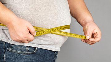 ylipaino, mittanauha, mies