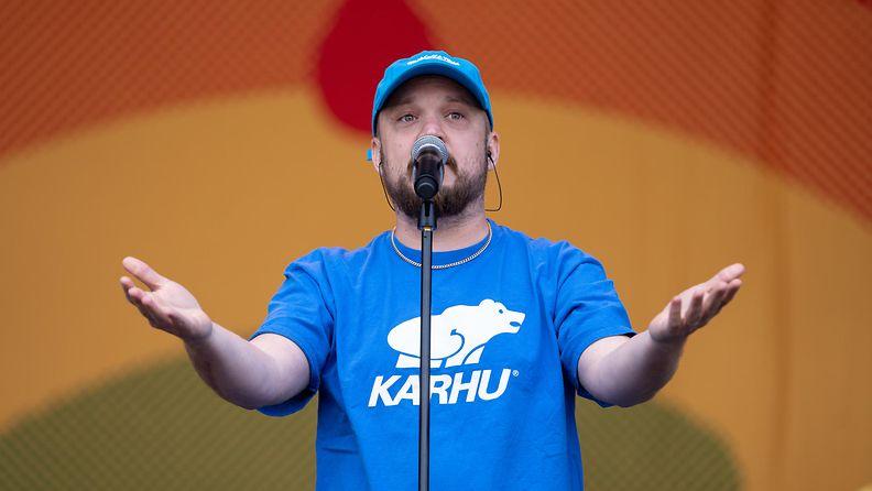 Pyhimys eli Mikko Kuoppala