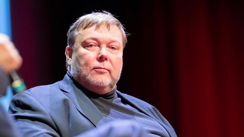 AOP Markus Leikola kolumnisti tietokirjailija