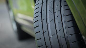 kesärengas rengas renkaat renkaanvaihto