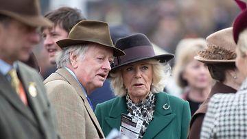 Andrew Parker Bowles herttuatar Camilla