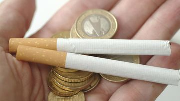 aop tupakka raha kuvituskuva