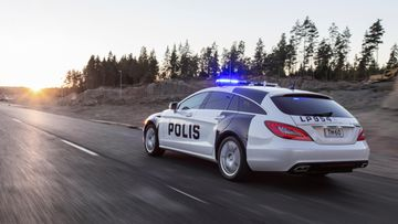 poliisiauto tm-60 mercedes-benz cls shooting brake